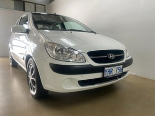 2011 Hyundai Getz TB MY09 SX White 5 Speed Manual Hatchback.