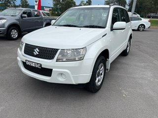 2012 Suzuki Grand Vitara JB MY09 Urban White 4 Speed Automatic Wagon.