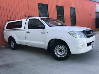 2010 Toyota Hilux GGN15R MY10 SR 4x2 White 5 Speed Manual Utility.