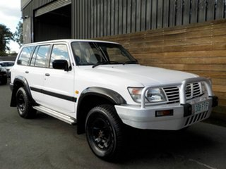 2001 Nissan Patrol GU II ST White 5 Speed Manual Wagon.
