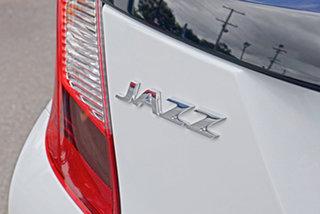 2020 Honda Jazz GF MY20 VTi White 5 Speed Manual Hatchback