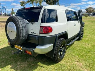 2011 Toyota FJ Cruiser GSJ15R White 5 Speed Automatic Wagon