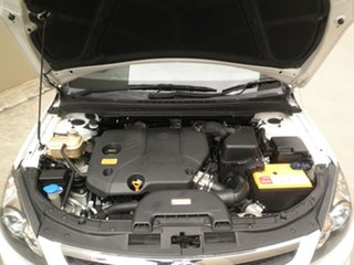 2010 Hyundai i30 FD MY11 SX cw Wagon Winter White 5 Speed Manual Wagon