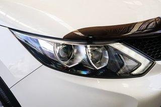 2017 Nissan Qashqai J11 ST White 6 Speed Manual Wagon