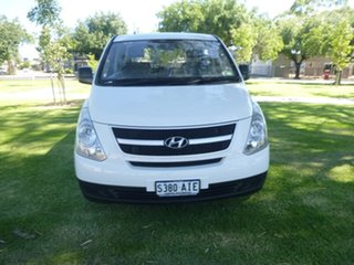 2010 Hyundai iLOAD TQ-V White Manual Van.