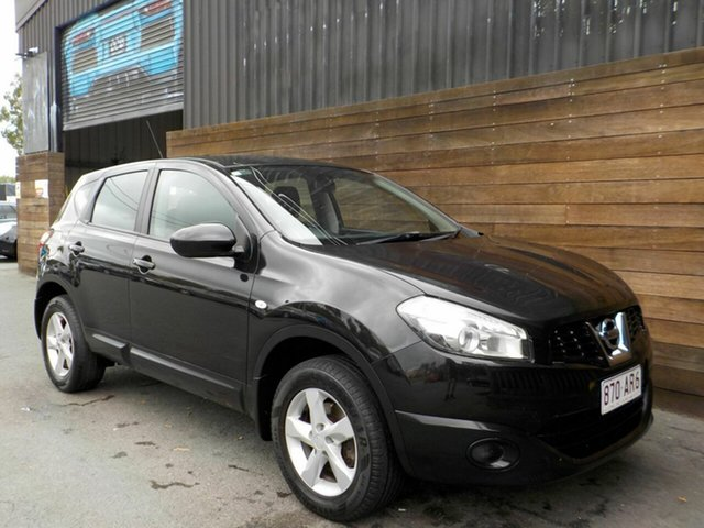 Used Nissan Dualis J10W Series 3 MY12 ST Hatch X-tronic 2WD Labrador, 2013 Nissan Dualis J10W Series 3 MY12 ST Hatch X-tronic 2WD Black 6 Speed Constant Variable