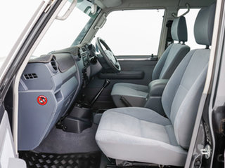 2017 Toyota Landcruiser VDJ79R GXL (4x4) Grey 5 Speed Manual Double Cab Chassis