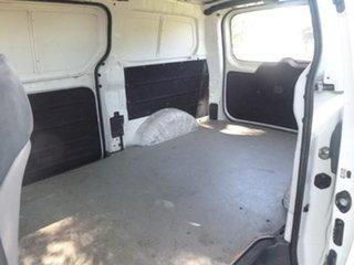 2010 Hyundai iLOAD TQ-V White Manual Van