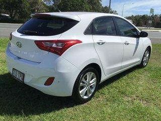2013 Hyundai i30 GD2 MY14 Trophy White 6 Speed Manual Hatchback.