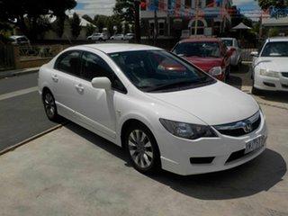 2010 Honda Civic MY10 VTi-L White 5 Speed Automatic Sedan.