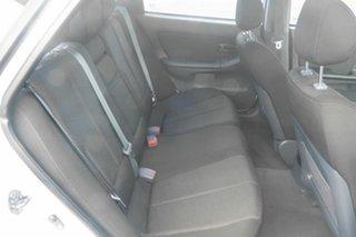 2003 Hyundai Elantra XD GLS White 4 Speed Automatic Hatchback