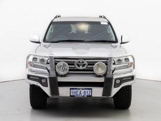 2015 Toyota Landcruiser VDJ200R MY16 VX (4x4) Silver 6 Speed Automatic Wagon.