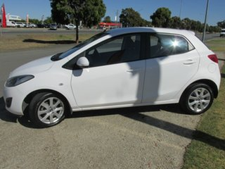 2013 Mazda 2 DE10Y2 MY14 Neo Sport White 4 Speed Automatic Hatchback
