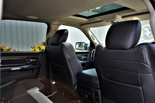 1500 Laramie Crew Cab 4x4 5'7 Tub 3.0L V6 Diesel