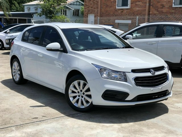 Used Holden Cruze JH Series II MY16 Equipe Chermside, 2016 Holden Cruze JH Series II MY16 Equipe White 6 Speed Sports Automatic Hatchback