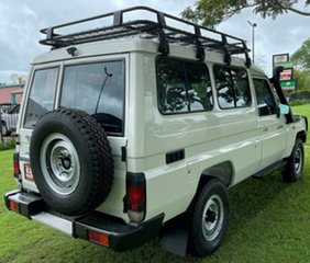 2011 Toyota Landcruiser VDJ78R MY10 Workmate Troopcarrier White 5 Speed Manual Wagon.