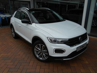 2020 Volkswagen T-ROC A1 MY21 110TSI Style Candy White & Black Roof 8 Speed Sports Automatic Wagon.