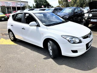 2011 Hyundai i30 FD MY11 SX White 5 Speed Manual Hatchback.