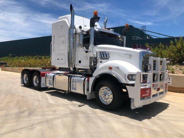 Used Mack Superliner Truck Harristown, 2014 Mack Superliner Superliner Truck White Prime Mover