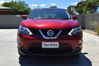 2016 Nissan Qashqai J11 ST Magnetic Red 6 Speed Manual Wagon.