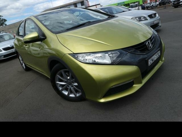 Used Honda Civic FK MY13 VTi-S Kingswood, 2013 Honda Civic FK MY13 VTi-S Green 5 Speed Automatic Hatchback