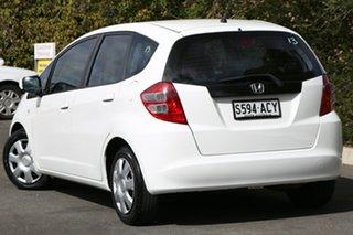 2008 Honda Jazz GE MY09 VTi Taffeta White 5 Speed Automatic Hatchback.