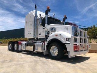 2014 Mack Superliner Superliner Truck White Prime Mover.