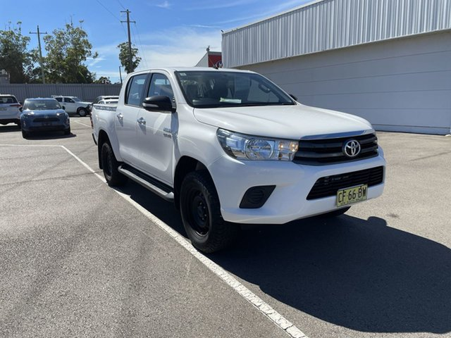 Used Toyota Hilux GUN126R SR Double Cab Cardiff, 2015 Toyota Hilux GUN126R SR Double Cab White 6 Speed Sports Automatic Utility