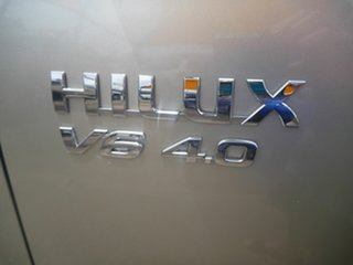 2005 Toyota Hilux GGN15R MY05 SR 4x2 Grey 5 Speed Automatic Utility.