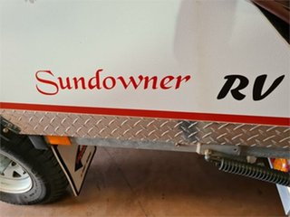 2011 Pioneer Sundowner Camper Trailer