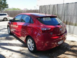 2015 Hyundai i30 GD MY14 SE Red 6 Speed Automatic Hatchback