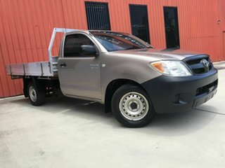 2006 Toyota Hilux GGN15R MY05 SR 4x2 Bronze 5 Speed Manual Cab Chassis.