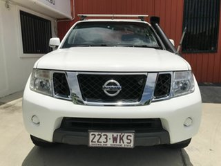 2013 Nissan Navara D40 S6 MY12 ST White 5 Speed Sports Automatic Utility.