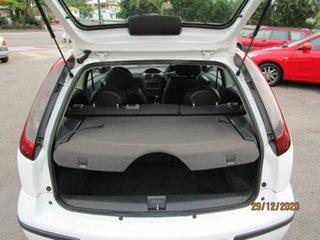 2005 Holden Barina XC (MY04.5) White 5 Speed Manual Hatchback