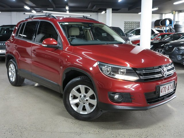 Used Volkswagen Tiguan 5N MY13.5 132TSI DSG 4MOTION Pacific Albion, 2013 Volkswagen Tiguan 5N MY13.5 132TSI DSG 4MOTION Pacific Cherry Red 7 Speed