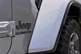 2020 Jeep Gladiator JT MY20 Rubicon Pick-up Billet 8 Speed Automatic Utility
