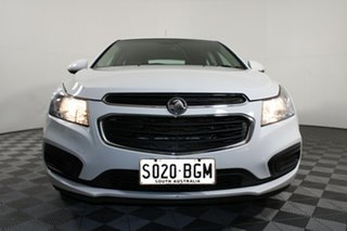 2015 Holden Cruze JH Series II MY15 Equipe White 5 Speed Manual Hatchback.