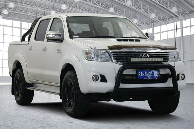 Used Toyota Hilux KUN26R MY14 SR5 Double Cab Victoria Park, 2014 Toyota Hilux KUN26R MY14 SR5 Double Cab White 5 Speed Manual Utility