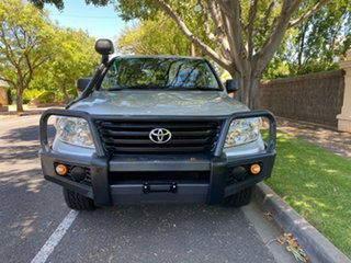 2015 Toyota Landcruiser VDJ200R GX Silver 6 Speed Sports Automatic Wagon.
