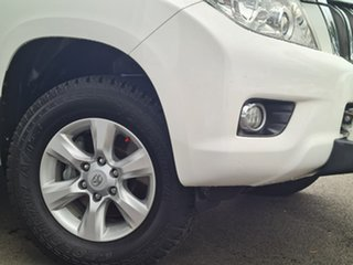 2010 Toyota Landcruiser Prado GRJ150R GXL White 5 Speed Sports Automatic Wagon.