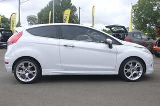 2009 Ford Fiesta WS Zetec White 5 Speed Manual Hatchback.