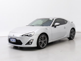 2013 Toyota 86 ZN6 GTS Silver, Chrome 6 Speed Auto Sequential Coupe.