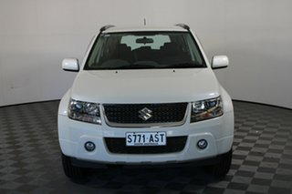 2011 Suzuki Grand Vitara JB MY09 Sport White 4 Speed Automatic Wagon.