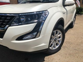2020 Mahindra XUV500 W10 (AWD) White 6 Speed Automatic Wagon.