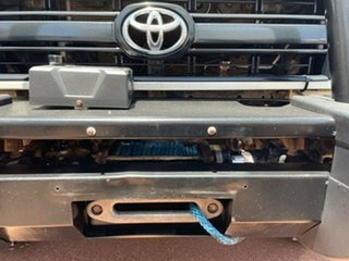 2010 Toyota Landcruiser Workmate Troopcarrier White 5 Speed Manual Motor Camper