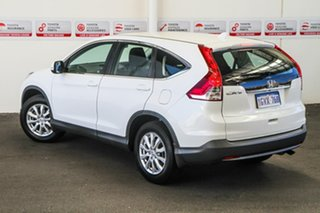2013 Honda CR-V 30 VTi (4x2) Navi White 5 Speed Automatic Wagon.