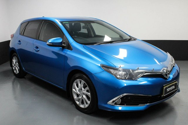 Used Toyota Corolla ZRE182R Ascent Sport S-CVT Hamilton, 2016 Toyota Corolla ZRE182R Ascent Sport S-CVT Blue 7 Speed Constant Variable Hatchback