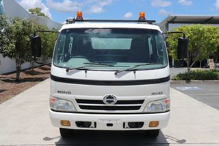 2011 Hino Dutro 816 White Manual Tipper