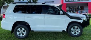 2017 Toyota Landcruiser VDJ200R GXL White 6 Speed Sports Automatic Wagon.