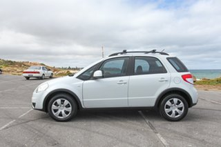 2012 Suzuki SX4 GYA MY11 White 6 Speed Manual Hatchback